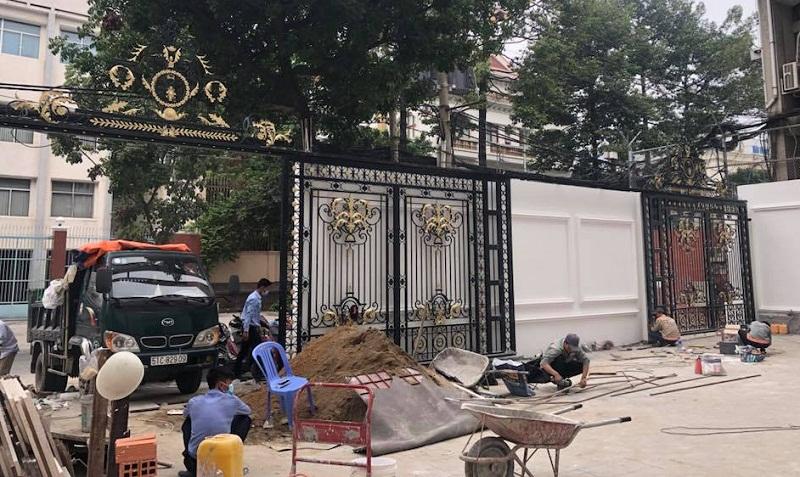 4 bộ cổng lùa tự động biệt thự