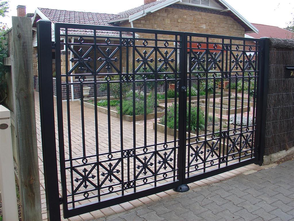 Mẫu cổng nhà riêng lớn - không vòm