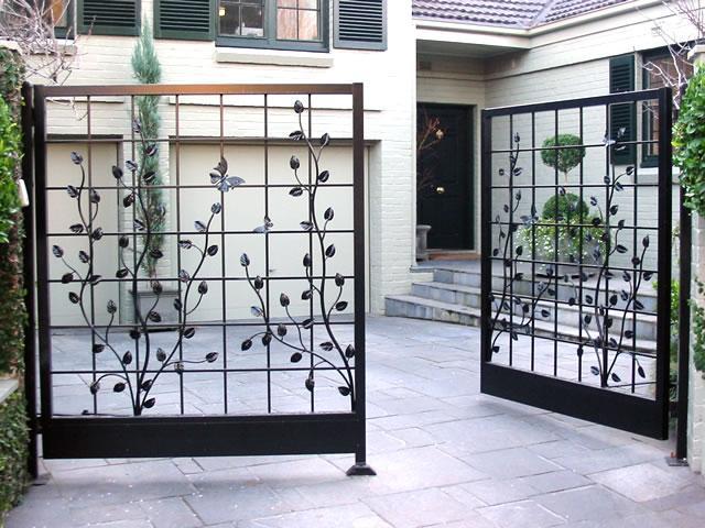 Mẫu cổng mở đẹp không vòm