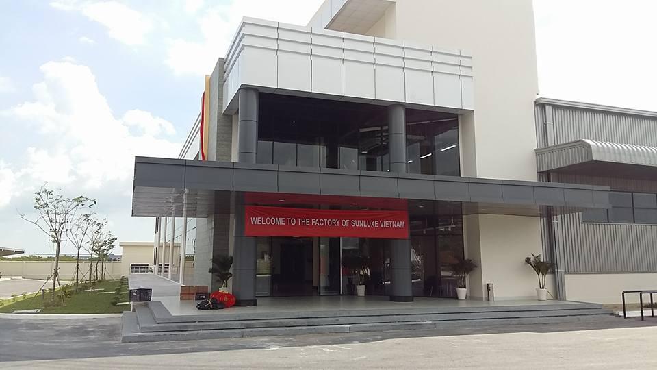 Cửa tự động Nabco nhà máy Sunluxen