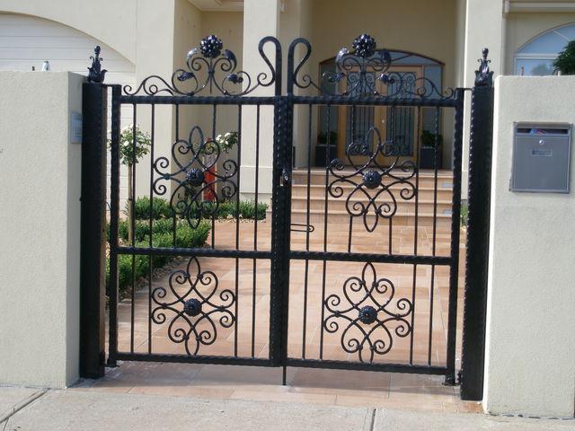 Mẫu cổng nhà riêng đẹp