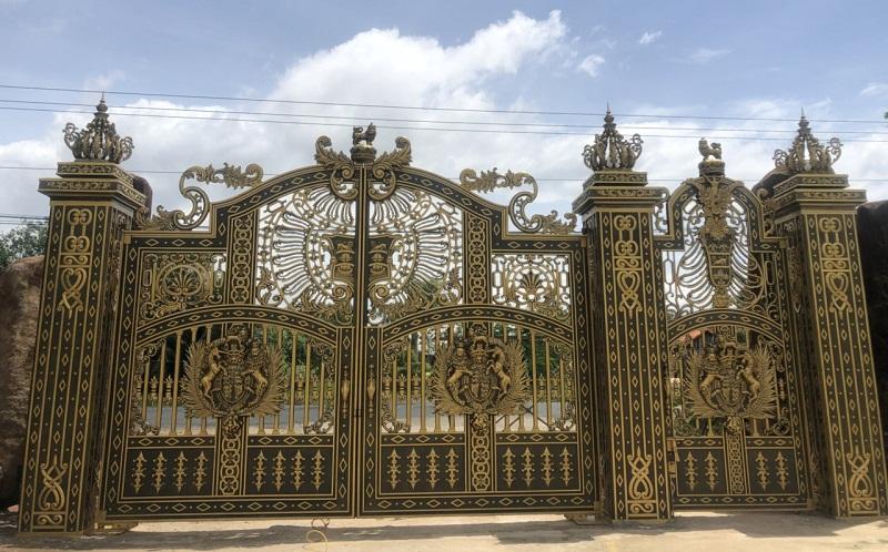 Cổng nhôm đúc biệt thự đẹp