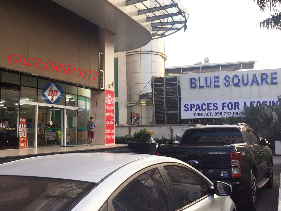Trung tâm thương mại Blue Square