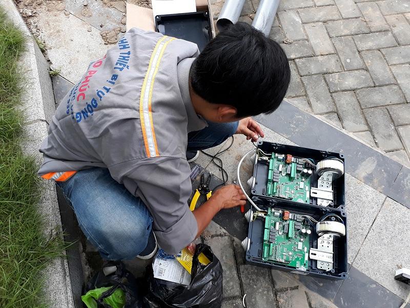 Kiểm tra và đấu điện board