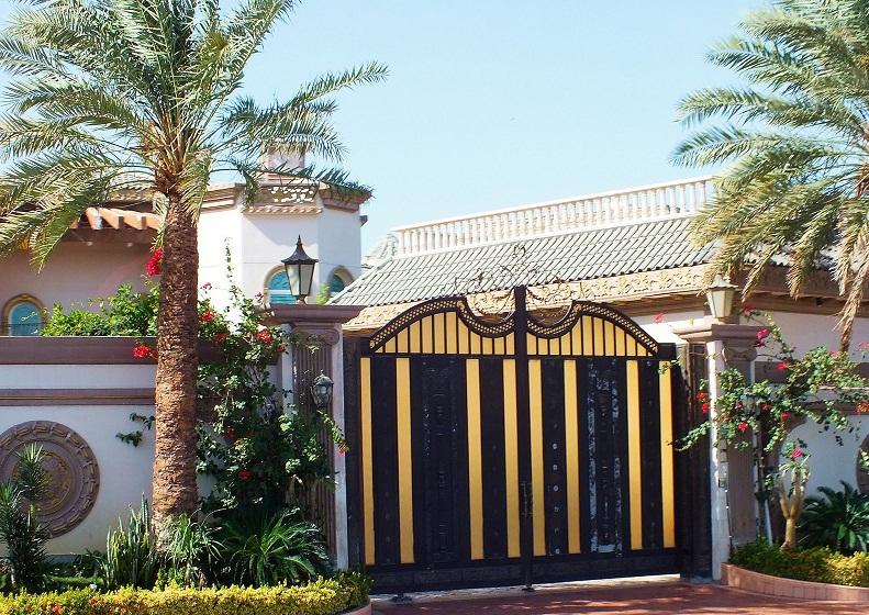 Mẫu cổng biệt thự đẹp 06