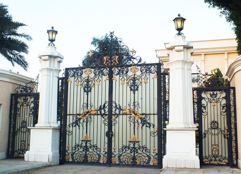 Mẫu cổng biệt thự đẹp 10