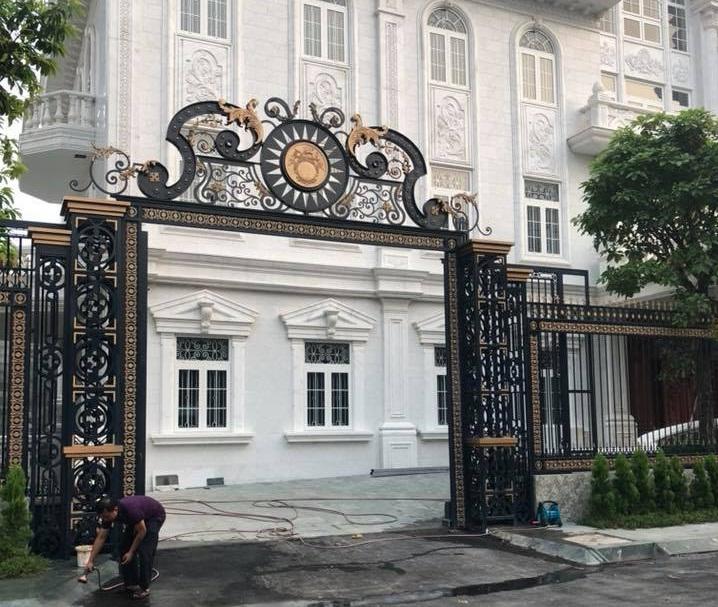 Mẫu cổng lùa tuyệt đẹp cho biệt thự