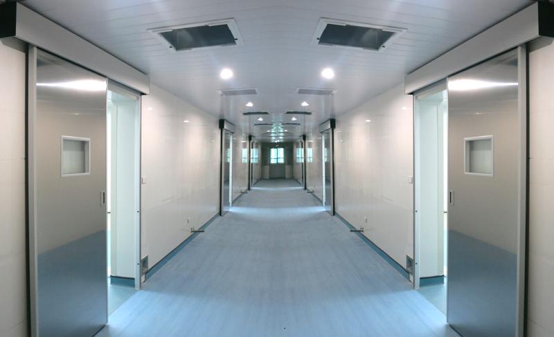 Cửa kính khí bệnh viện