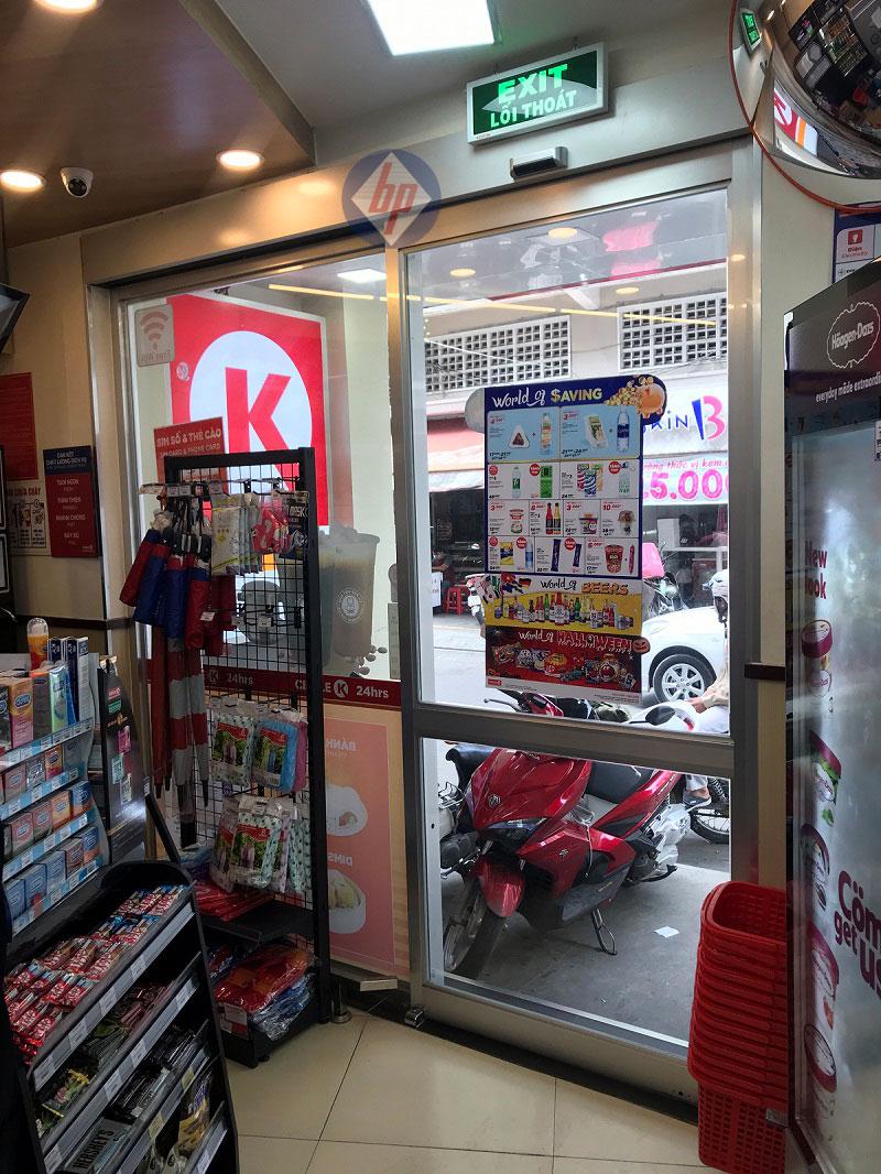 Cửa trượt 1 cánh tự động cửa hàng tiện lợi Circel K
