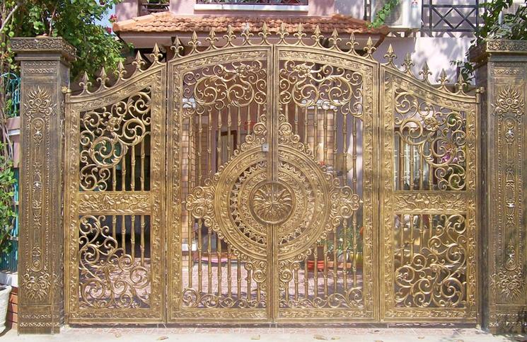 Mẫu cổng nhôm đúc đẹp 10